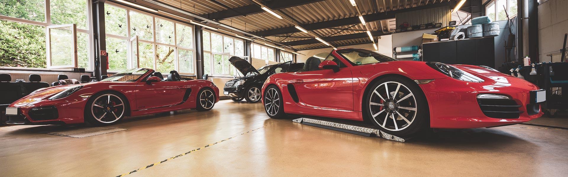 Porsche-&-Mercedes_50_1920x600px